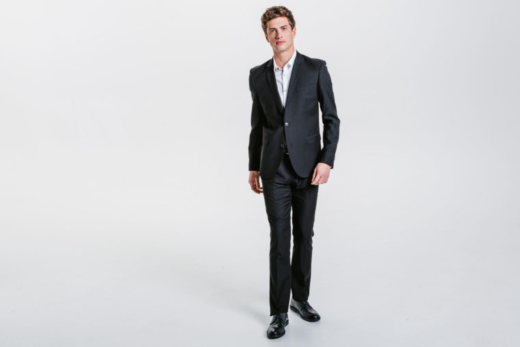 Comment-acheter-son-costume-sur-internet-.jpg
